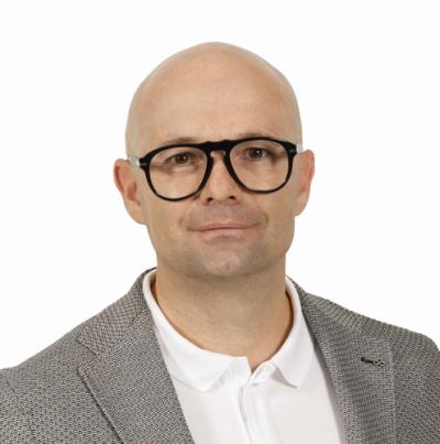 Dr. Hannes Mair
